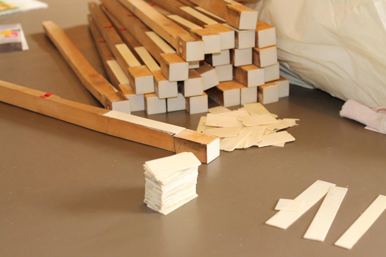 comment nettoyer l 39 ivoire d 39 un piano la r ponse est sur. Black Bedroom Furniture Sets. Home Design Ideas